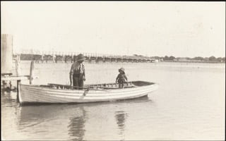 Canning Bridge People in Boats 1920